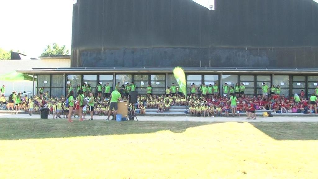 Més de 400 infants dels tres casals del Consell Esportiu es reuneixen al Parc de la Draga