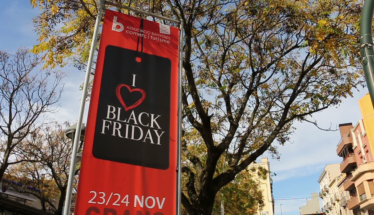 Una quarantena de comerços banyolins se sumen a la iniciativa del Black Friday
