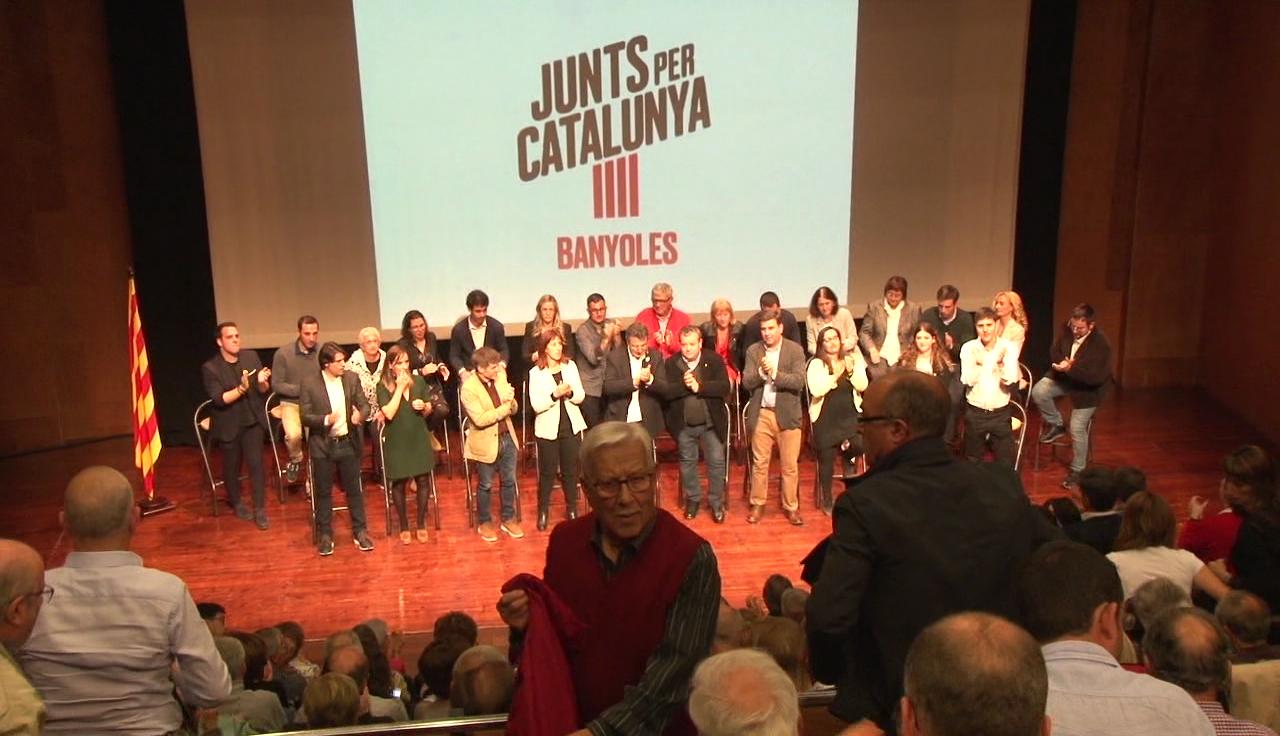 Junts per Catalunya Banyoles celebra l'acte central de campanya amb missatges d'Artur Mas i Carles Puigdemont