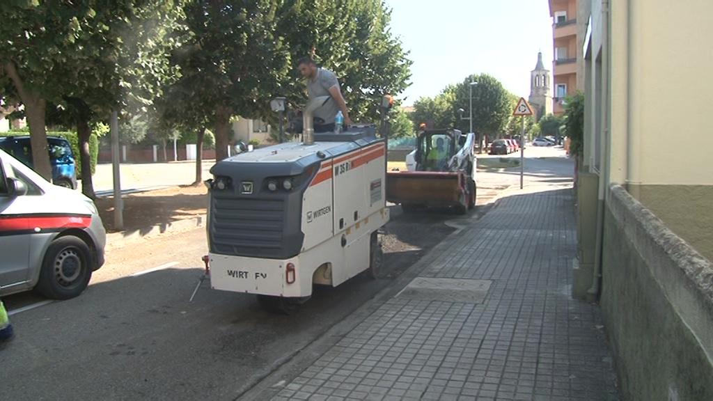 Cornellà del Terri arregla el ferm a diversos trams del municipi