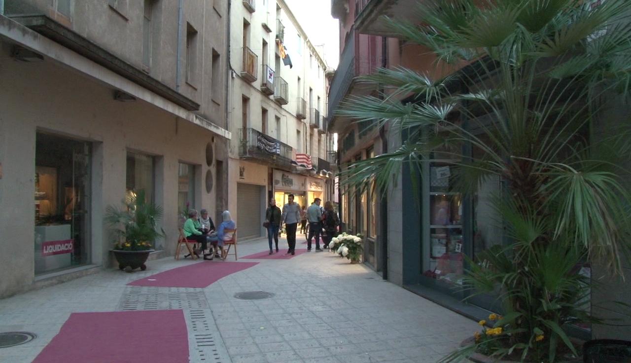 """Banyoles s'avança a les rebaixes amb la segona """"Shopping night"""""""