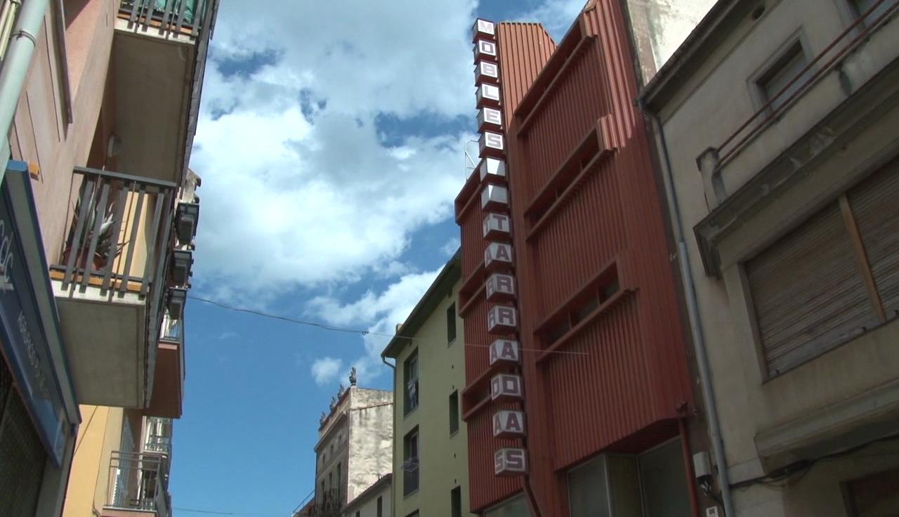L'Ajuntament modifica els usos de Mobles Tarradas per convertir-lo en equipament
